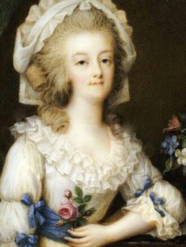 JS_Simple Ife Of Marie-Antoinette9
